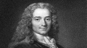 Filósofo francês Voltaire em desenho preto e branco