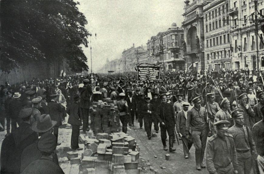 A Revolução Russa de 1917 levou os bolcheviques ao poder da Rússia.