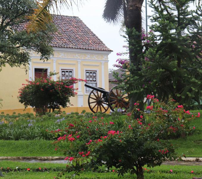 Na cidade de Lapa, no Paraná, aconteceu uma das batalhas mais importantes da Revolução Federalista.