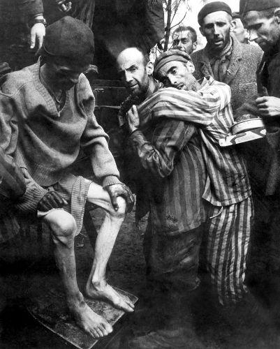 Milhões de judeus foram resgatados com vida dos campos de concentração após a derrota dos nazistas, em 1945. [1]