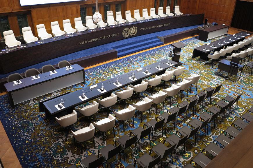 Se necessário, Tribunal Penal Internacional, em Haia, nos Países Baixos, pode ser convocado para julgar crimes de genocídio. [2]