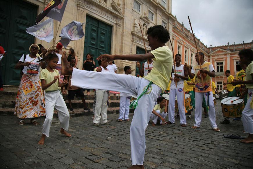 A valorização da cultura afro-brasileira é uma das práticas da luta antirracista no Brasil.[3]