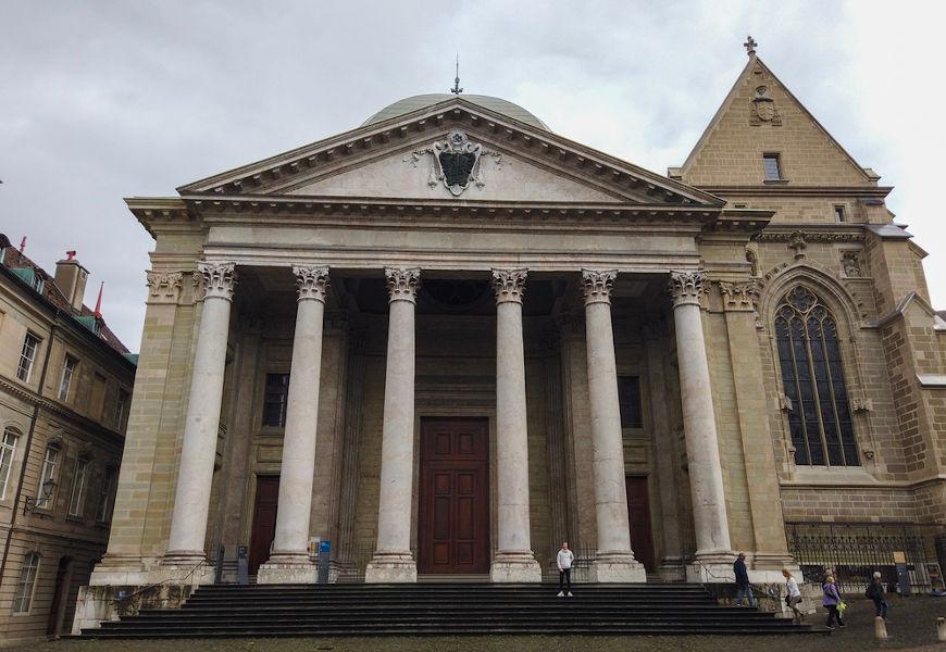 Genebra foi onde se estabeleceu o calvinismo, a doutrina protestante proposta por João Calvino.