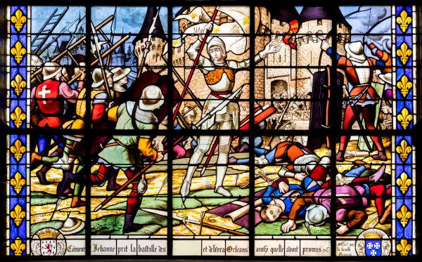 Credita-se a Joana d'Arc o mérito da vitória francesa na Batalha de Orleans.[2]