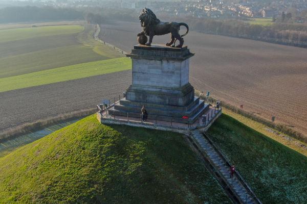 Monumento construído no local da Batalha de Waterloo, em homenagem à vitória da Sétima Coalizão contra Napoleão Bonaparte.