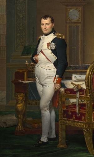 Napoleão Bonaparte liderou as tropas francesas em Waterloo, mas a sua derrota marcou sua derrocada e fez com que ele fosse para o exílio.