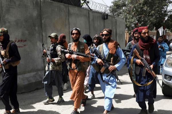 Em agosto de 2021, o Talibã conquistou Cabul, capital do Afeganistão, e retornou ao poder do país depois de 20 anos.[1]