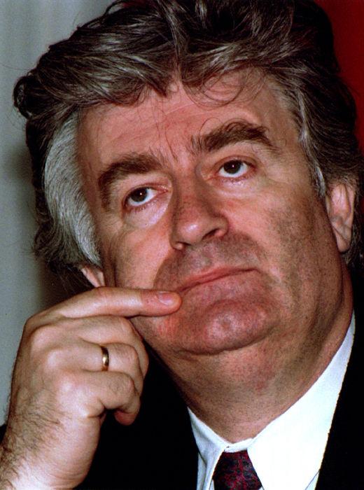 Radovan Karadzic, líder dos sérvio-bósnios, foi condenado a 40 anos de prisão pelo genocídio realizado por suas tropas na guerra *