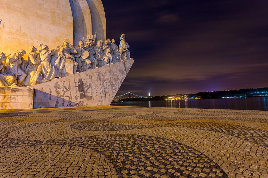 Padrão dos Descobrimentos, monumento construído em Lisboa em homenagem ao período das Grandes Navegações.