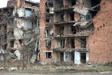 A capital da Chechênia, Grozny, foi alvo de periódicos bombardeios russos desde que tentou declarar sua independência em 1996