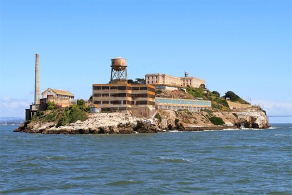 A prisão de Alcatraz, durante um bom tempo, deteve famosos criminosos norte-americanos