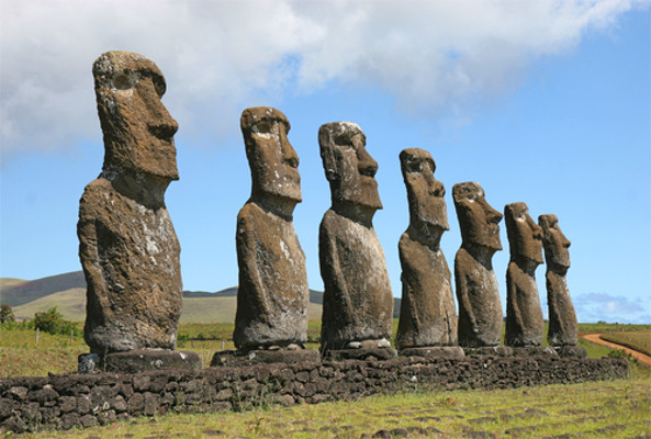 As esculturas da civilização Rapa-Nui são uma incógnita para os estudiosos da Ilha de Páscoa