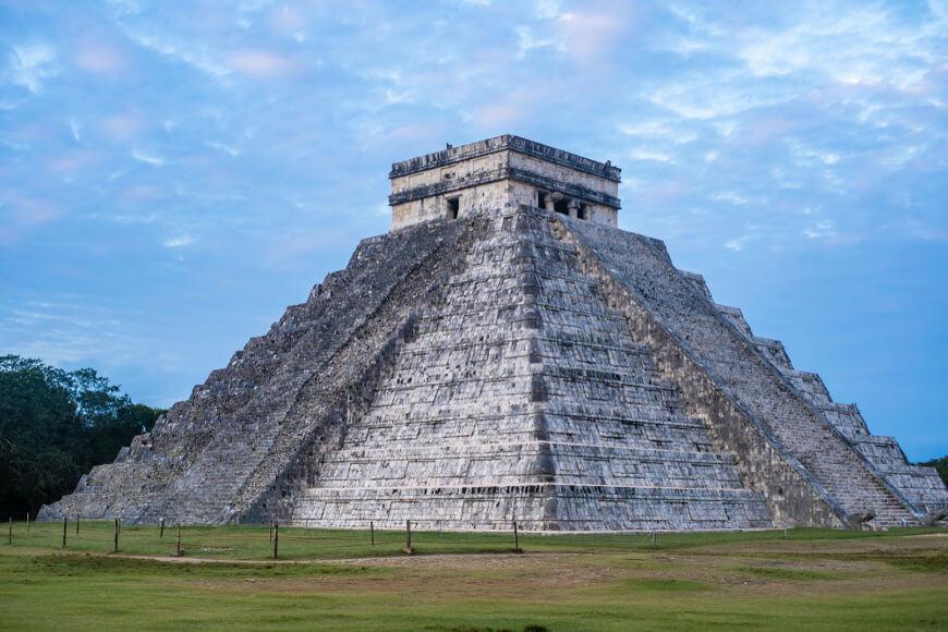 As ruínas de Chichén Itzá são consideradas um dos principais sítios arqueológicos dos maias.