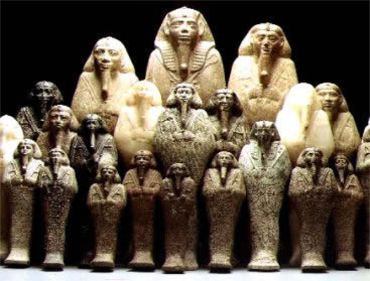 Conjunto de estátuas representando o faraó Tharqa