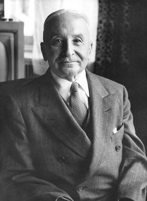 Ludwig Von Mises, o mais proeminente representante da Escola Austríaca de Economia *