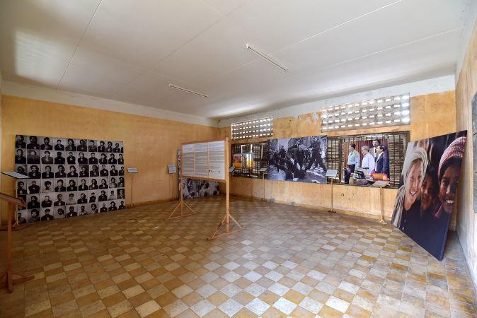 Museu na capital do Camboja, Phnom Penh, em homenagem às vítimas do genocídio cambojano *