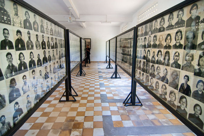 Museu que relembra as vítimas do genocídio cambojano promovido durante o governo de Pol Pot *