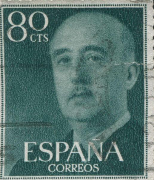 O general Francisco Franco tornou-se ditador da Espanha em 1936 e assim permaneceu até sua morte, em 1975.*