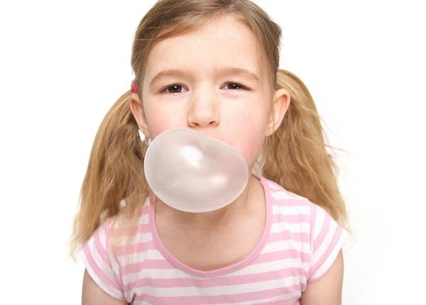 O hábito de mascar gomas vem desde a Antiguidade. Mas foi a partir dos EUA que a prática se disseminou pelo mundo.