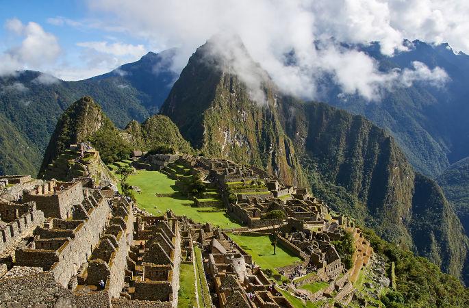 Ruínas da antiga cidade inca de Machu Picchu