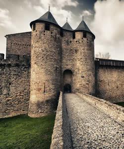 Muralha da cidade medieval francesa de Carcassone